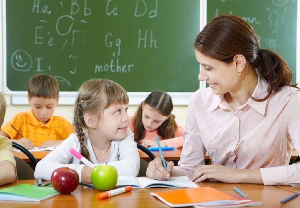 Giáo viên thân thiện, nhiệt tình với dịch vụ cung cấp giáo viên nước ngoài của Hawaii Education