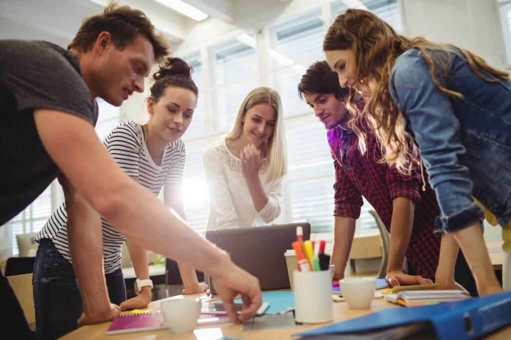 Hawaii Education mang đến cho bản giải pháp tiếng Anh doanh nghiệp chất lượng